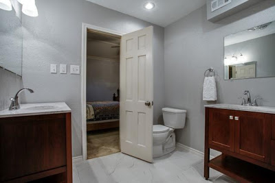poorly placed toilet - bad real estate photo