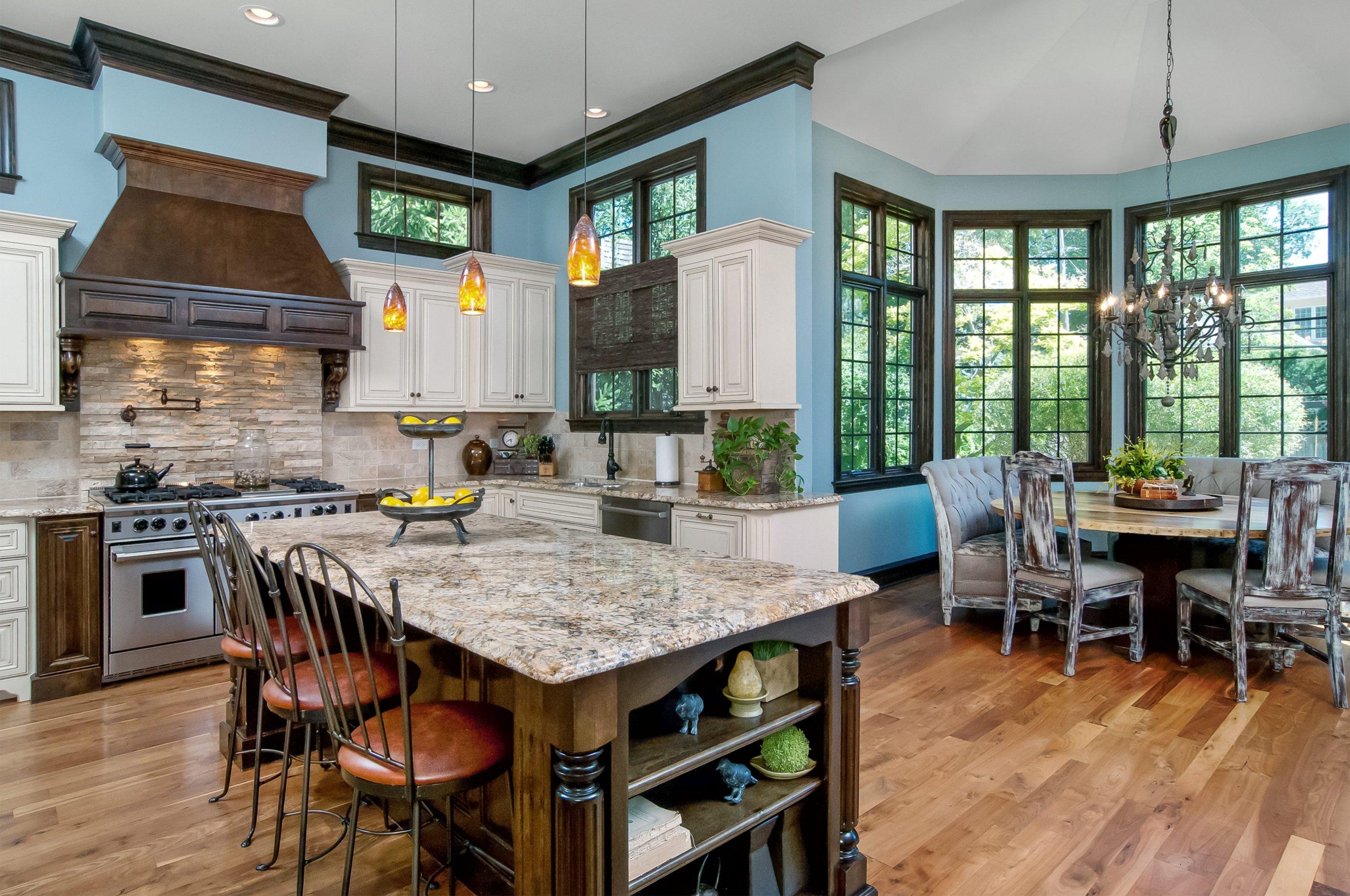 610 N. Eagle kitchen