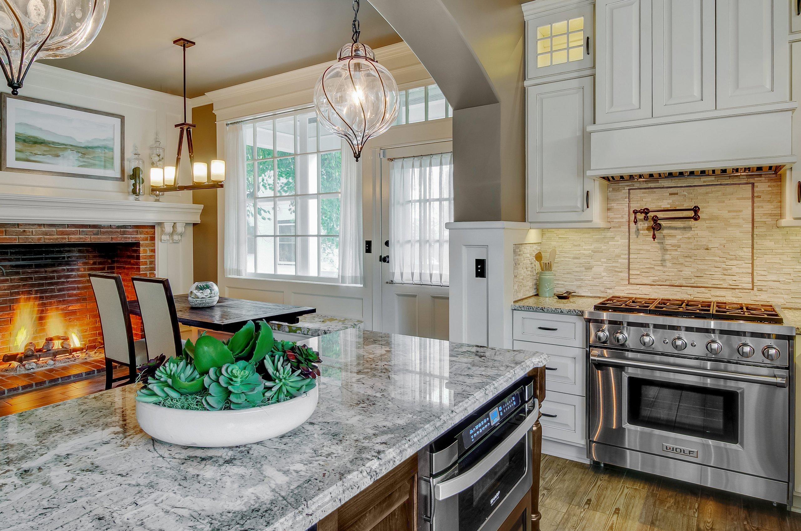 modern kitchen-Aurora, IL-Victorian home