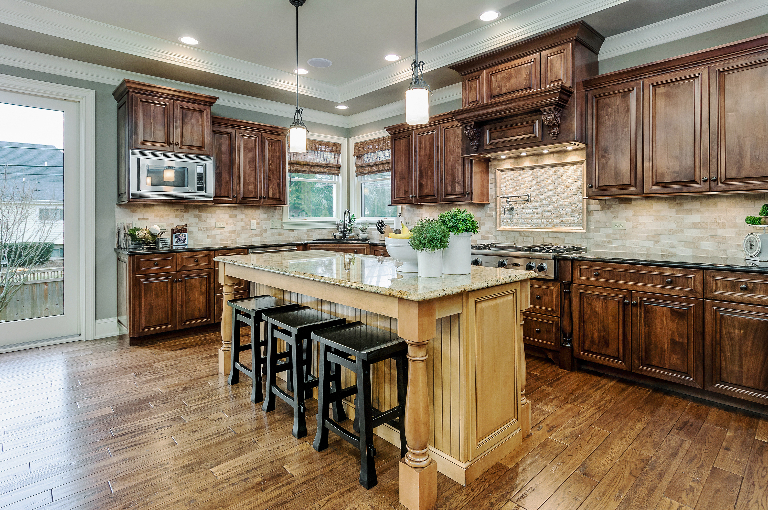 Potpourri of New Images. Another great Naperville, Illinois kitchen