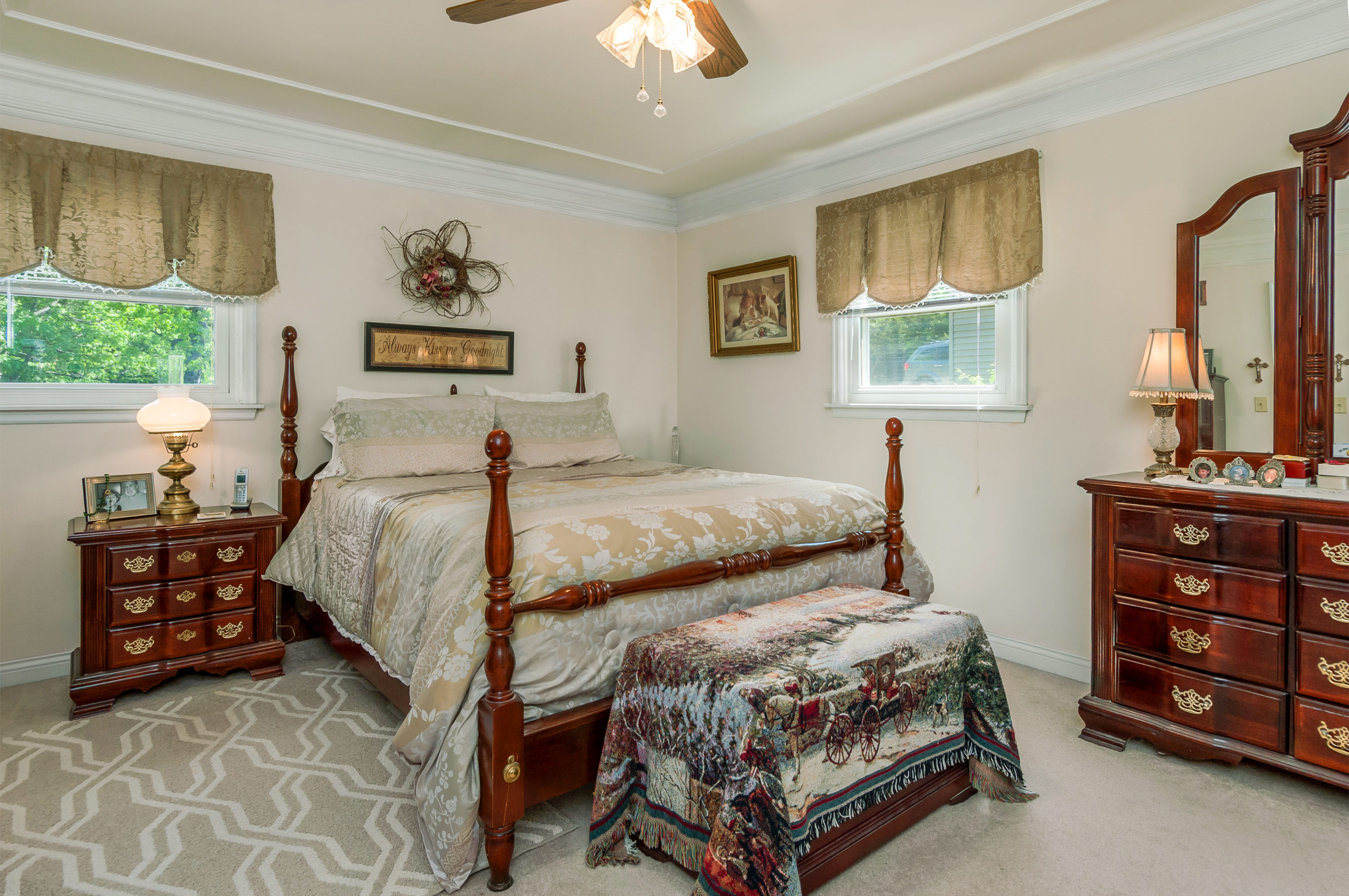 Guest bedroom at 369 Holiday Dr., Somonauk, Illinois