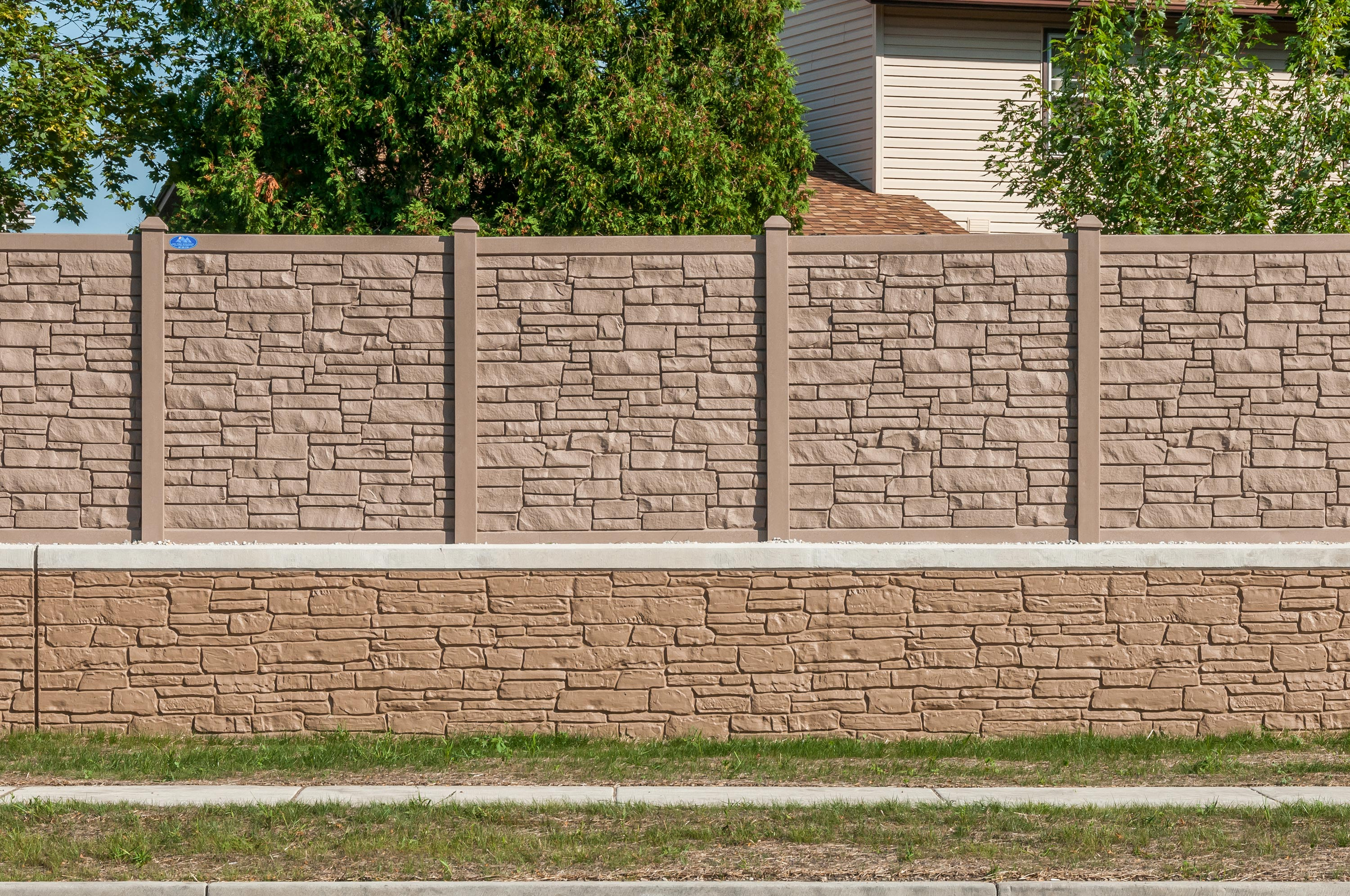 New client and great products: Vinyl Fence Wholesaler, St. Paul, MN