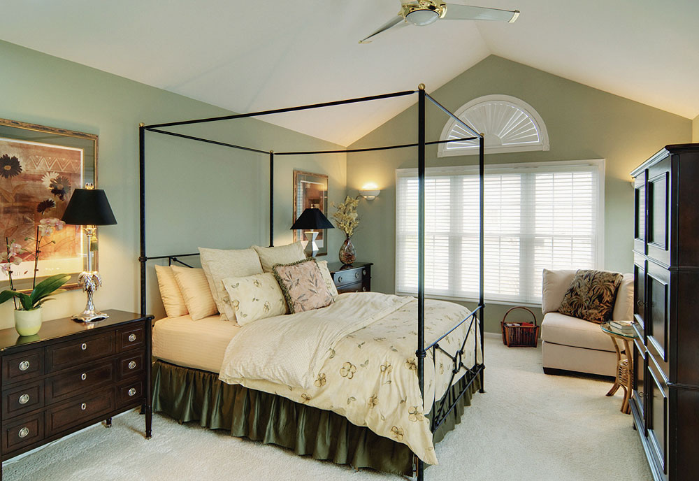 Chicago architectural and real estate photography. Master bedroom with modern canopy bed small for front page.