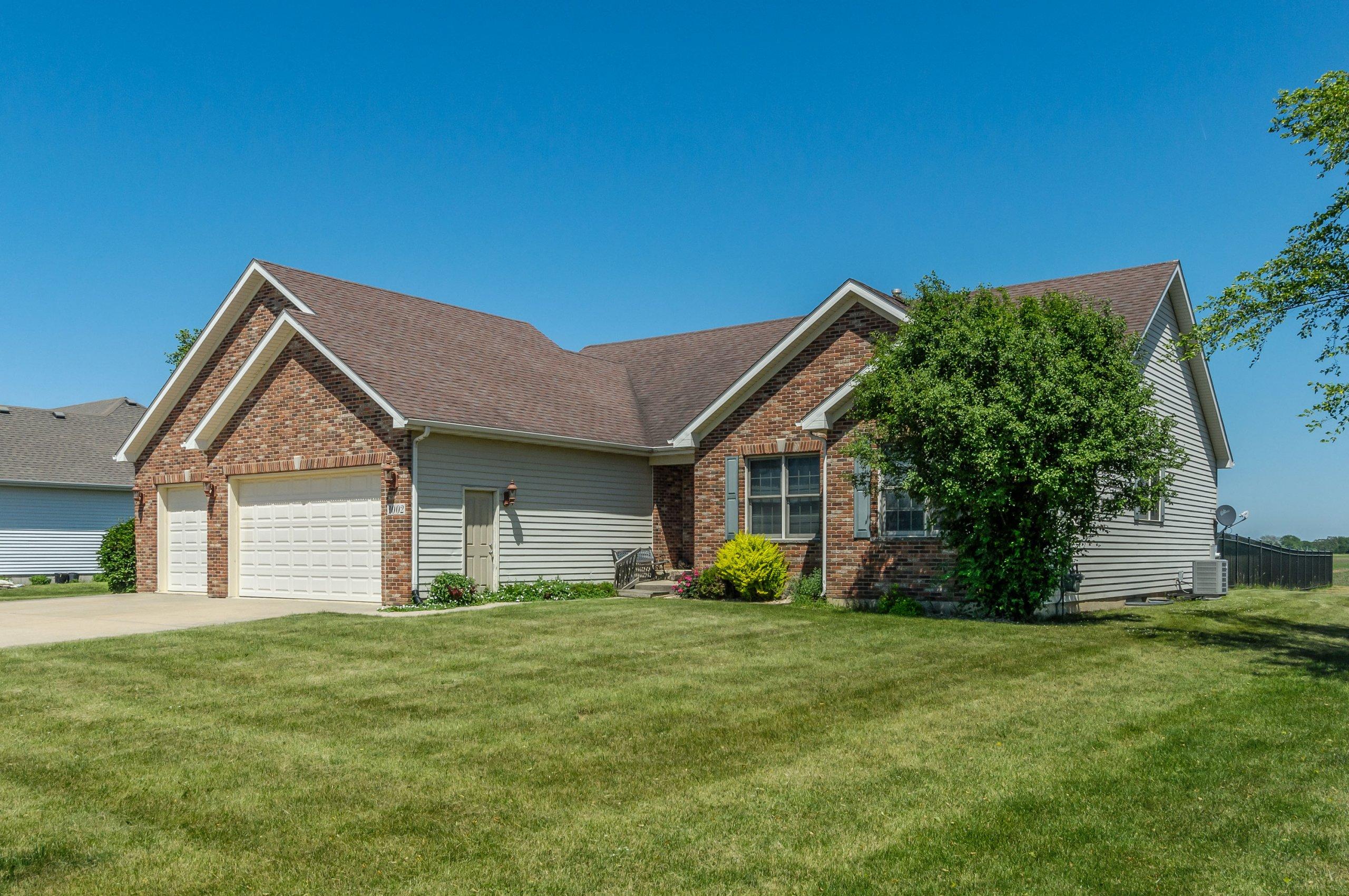 Brick ranch in Sandhurst subdivision - Sandwich, Illinois.